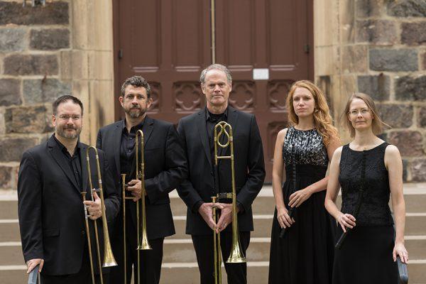 Dark Horse Consort group photo
