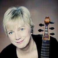 Wendy Gillespie headshot